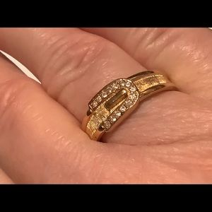 Jewelry - 💜3/30 Gold tone belt/buckle ring size 9